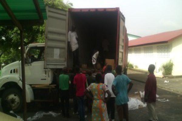 La  reponse face a l'Ebola se poursuit au Liberia
