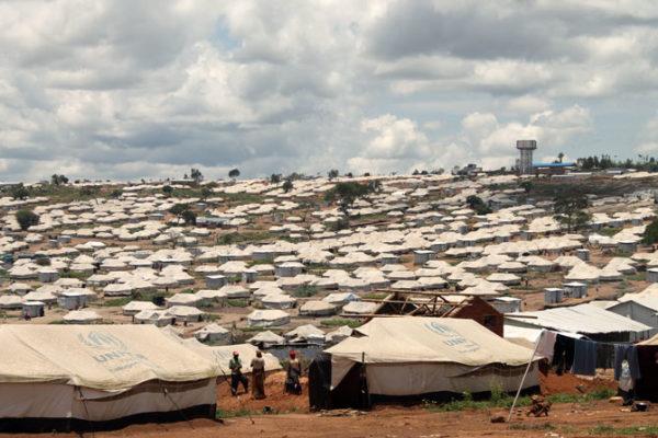 Una familia Caritas en el campamento de Mahama, Ruanda