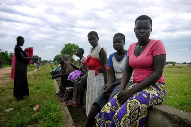 La population cherche refuge dans les eglises face a une nouvelle escalade des combats au Soudan du Sud