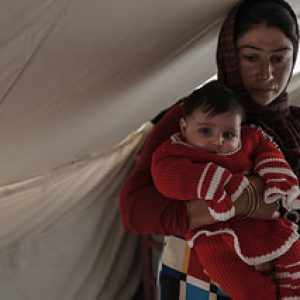 Winter help for Iraqis fleeing persecution