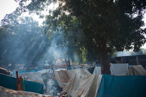 N'abandonnez pas la République centrafricaine