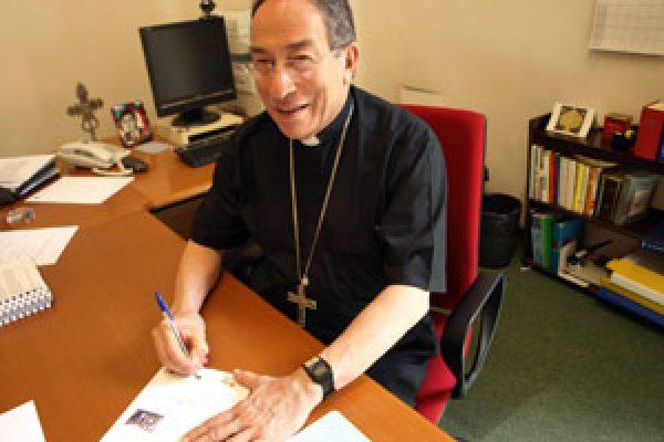 Caritas President keeps pressure on G8