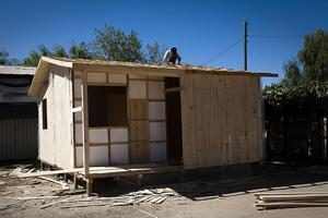 Putting a roof over the heads of Chile's quake survivors