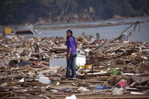 Le Chili surmonte le grave tremblement de terre et le tsunami