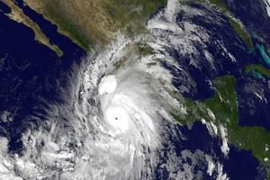 Mexico prepares for aftermath of Hurricane Patricia