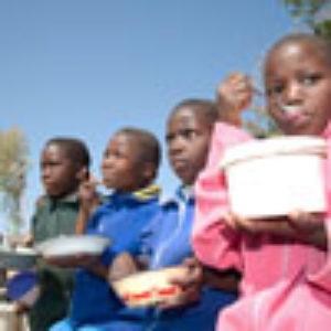 Contra todas las apuestas, los zimbabuenses le hacen frente a la situación con valentía