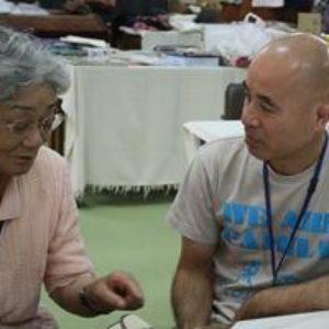 Terapia del corazón: ayuda a los damnificados del tsunami en Japón