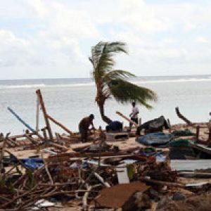 Tras el tsunami, noticias de Samoa