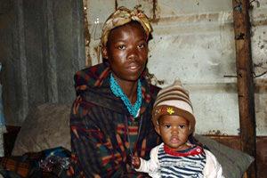 Journée mondiale de lutte contre le SIDA : message de Caritas sur le droit à la santé des mères et des enfants