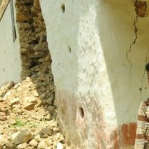 Llegar a las comunidades marginadas por el seísmo en Nepal
