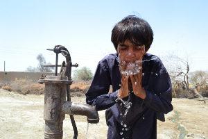 Rebuilding life on Manchar Lake in Pakistan