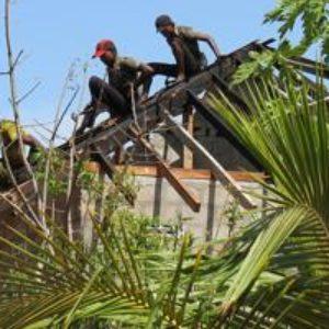 Sri Lanka reconstruye