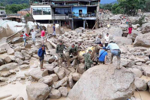 Caritas aide les victimes du glissement de terrain mortel de Mocoa, en Colombie