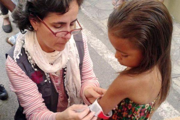 Au Venezuela, les enfants font face à une crise alimentaire à mesure que la malnutrition s'élève.