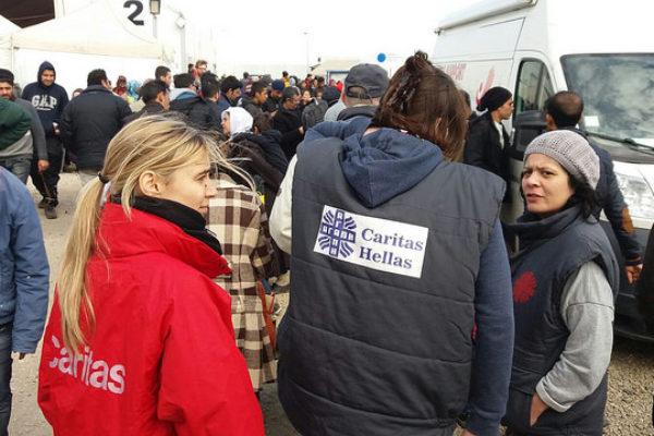 Día Mundial de la Asistencia Humanitaria, destacamos cómo han respondido los trabajadores de Caritas a la crisis de refugiados en Europa