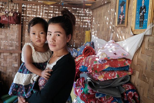 Ja Ittoi a fait l'objet d'une traite vers la Chine et d'un mariage forcé. Avant cela, elle avait fui de chez elle à cause du conflit dans l'État de Kachin. Photo de Patrick Nicholson / Caritas