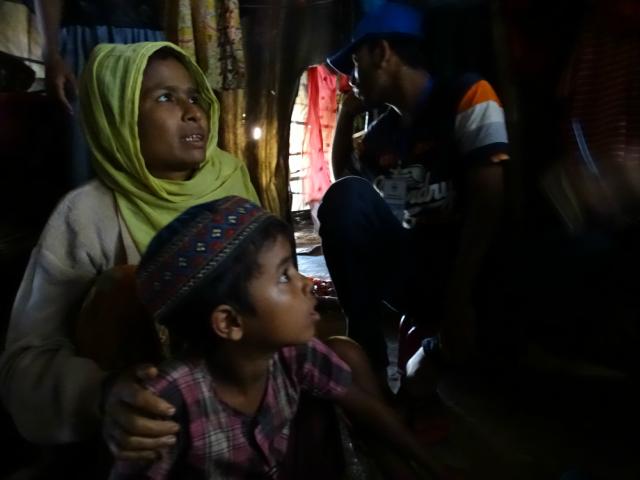 Roshida Bagon, une mère de 38 ans qui reçoit l'aide de Caritas au camp de Kutupalong. Photo de CRS