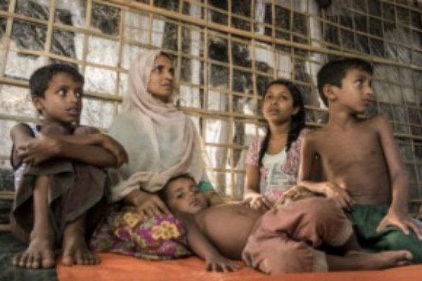 Naissance et mort dans les camps de réfugiés rohingya