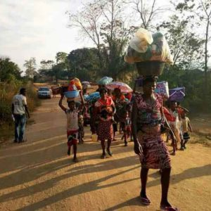 Nigeria aids refugees fleeing from Cameroon