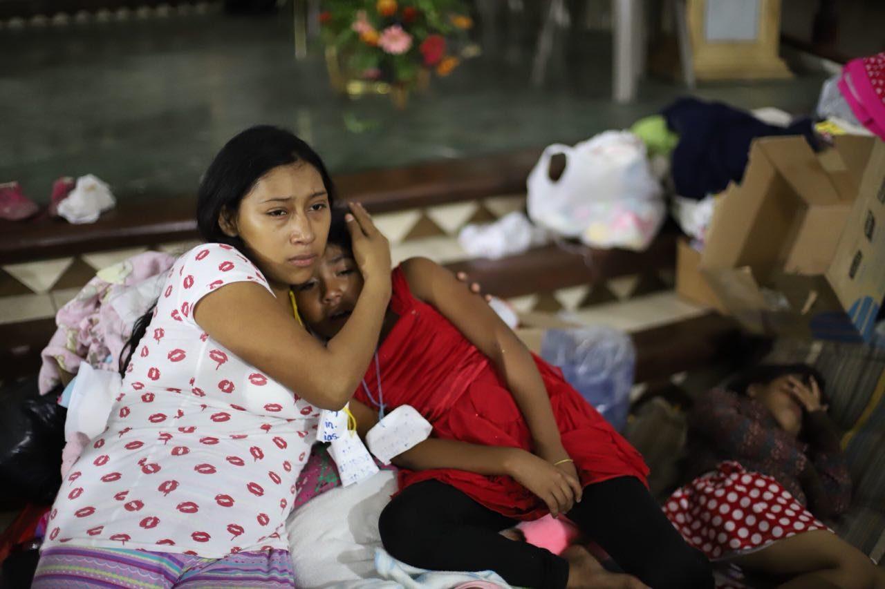 Se instalan albergues en Guatemala tras la peor erupción volcánica en cuatro décadas