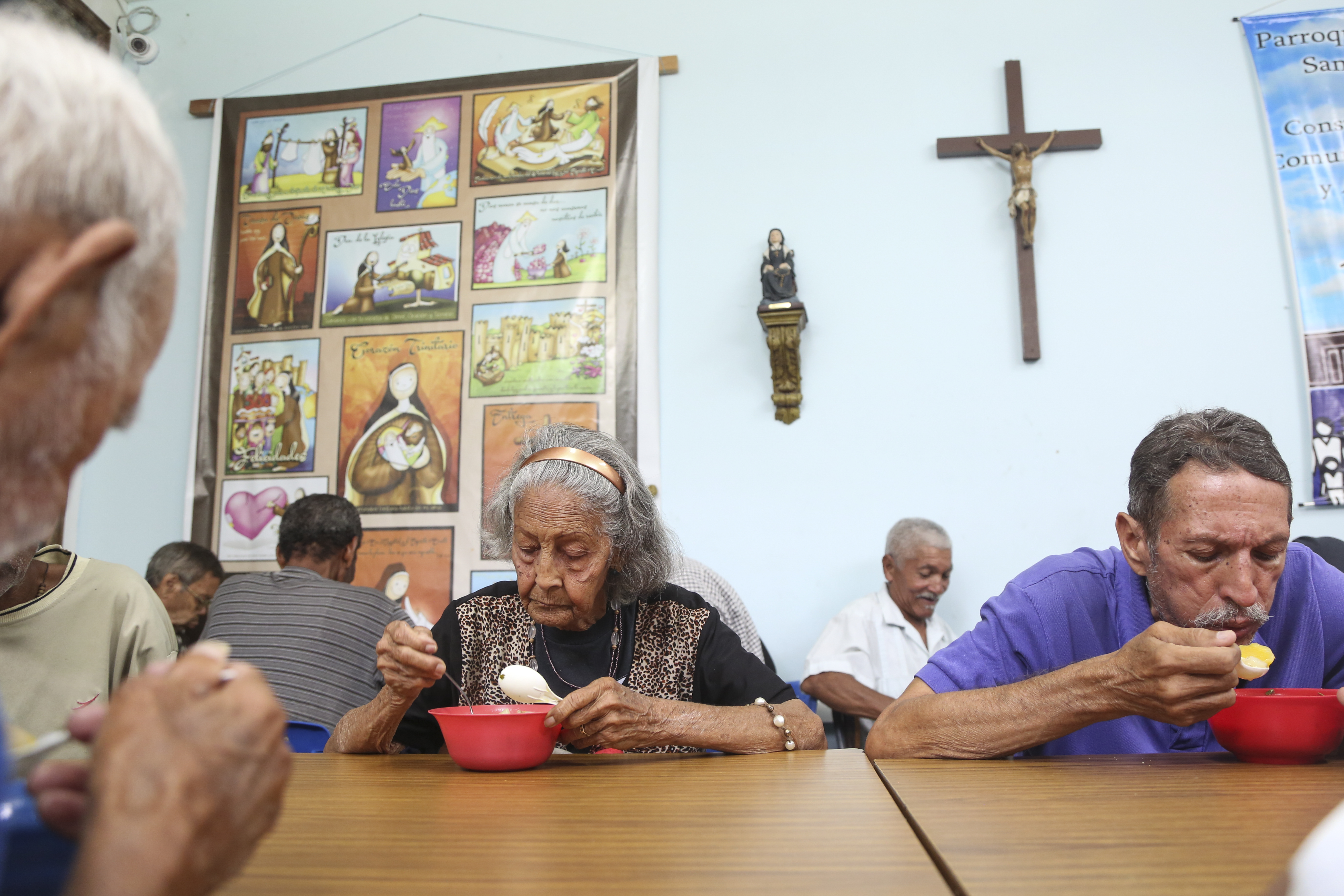 The Caritas Venezuela 'olla comunitaria' (community pot) in San José de Obrero Church started off serving 40 people and has now grown to feed more than 500 each week.