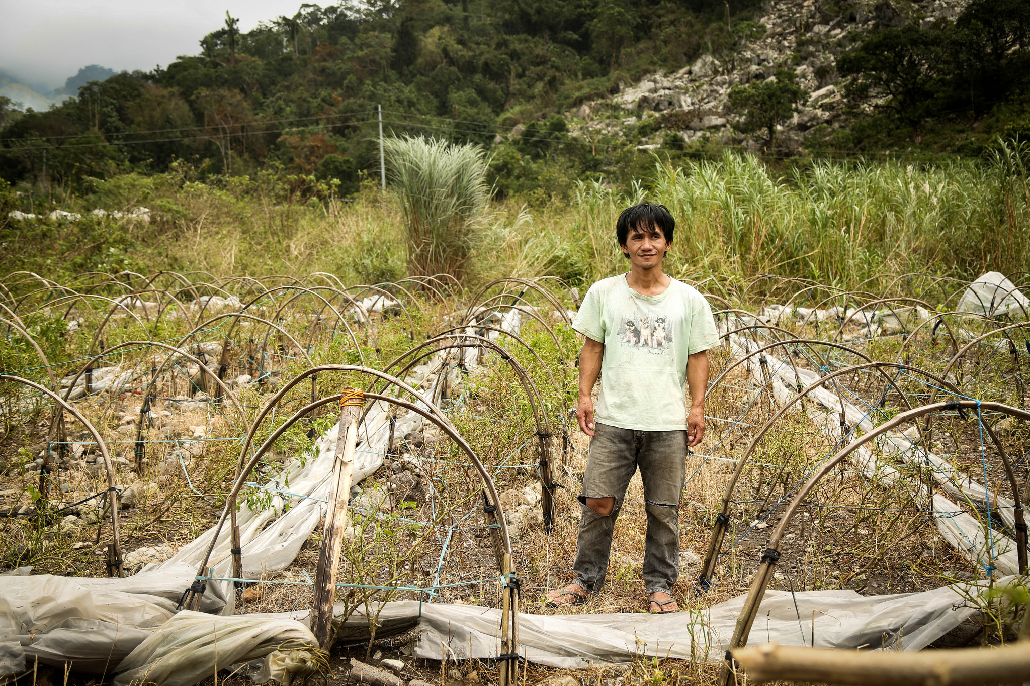 Orland lost his home and his only source of income. Photo by: Syrel Espineda/NASSA/Caritas Philippines