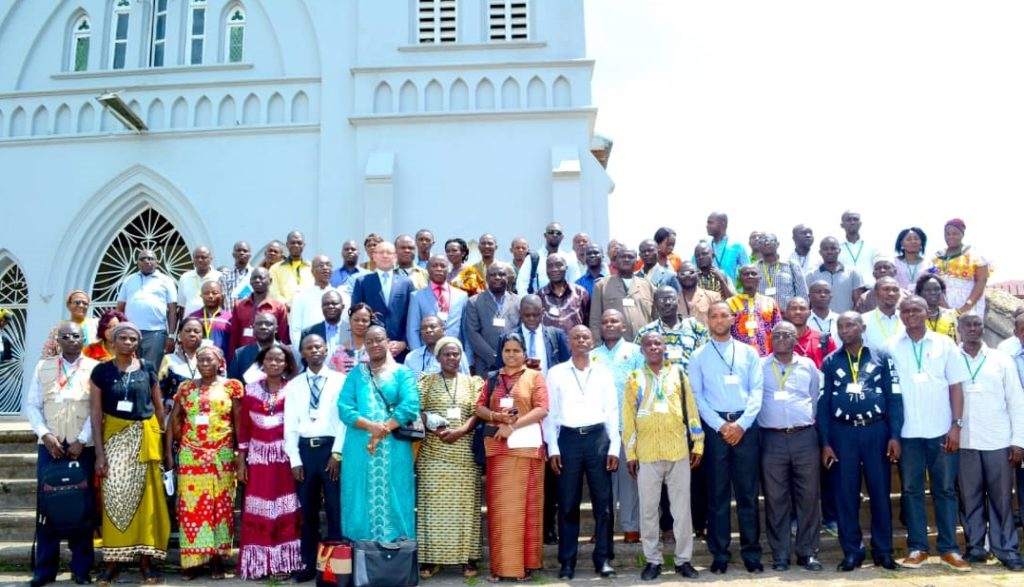 130 religious leaders and health providers met in Kisangani to discuss ways to better identify cases of AIDS in children