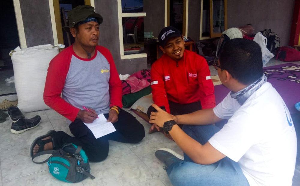Caritas staff prepare to help people affected by the Indonesia tsunami and earthquake. Credit: Rudy Raka/Caritas Indonesia