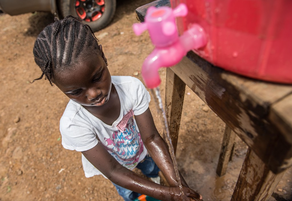Caritas is installing handwashing points in public places to contain Ebola outbreak.