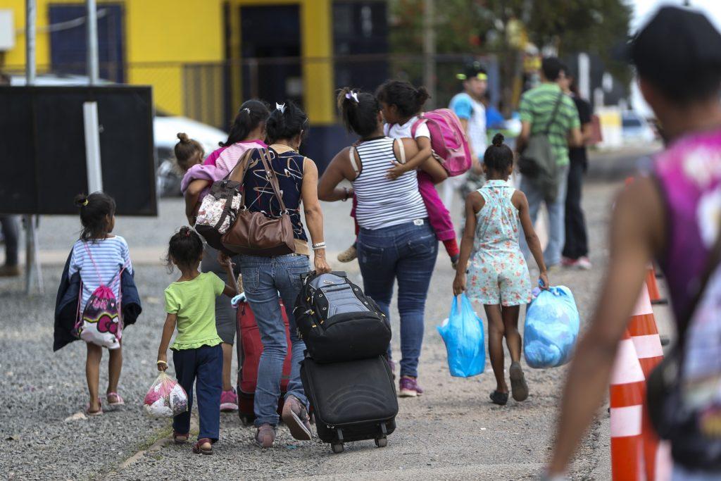 Venezuelan migrants in the border town with Brazil