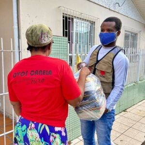 Brazil: as COVID-19 infections accelerate, Caritas distributes aid to the most vulnerable