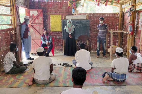 Evitar la propagación de la COVID-19 en los campamentos de rohingya