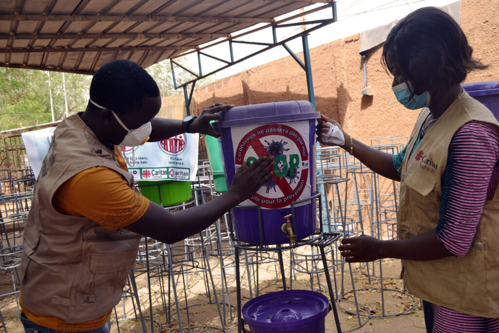 Caritas Niger is ensuring parishes, communities, health centres and schools have the means to protect themselves against the pandemic through high standards of hand hygiene. Photo by Caritas Niger