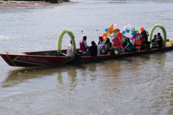 Caritas Colombia building peace through river-side community